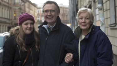 Australian Greenpeace activist Colin Russell,  with his wife Christine Russell and daughter Madeleine after his release from jail in Russia.