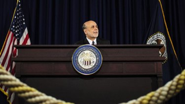 The man in the middle: Ben Bernanke.