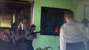 Rioting ... Prison guards earlier abandoned the jail as violence erupted.