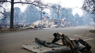 Police ignored evidence that the deadly Murrindindi fire, which ripped through Marysville, may have been caused by power lines.