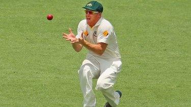 Subsitute fielder Chris Sabburg takes a catch to dismiss Kevin Pietersen.