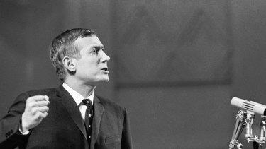 Yevgeny Yevtushenko in 1962: the poet railed against official silence.