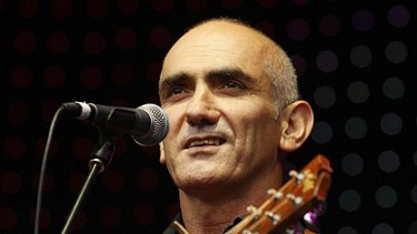 Ready and willing...Paul Kelly.