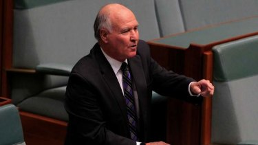 Independent MP Tony Windsor has flagged a referendum on gay marriage.