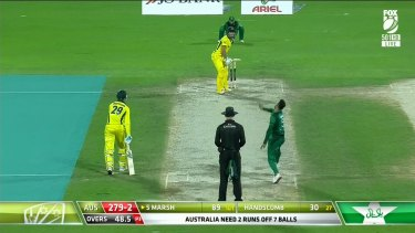 An Aaron Finch century has guided Australia to an eight wicket victory over Pakistan.