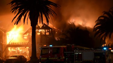 The old Stokehouse burns down in January 2014.