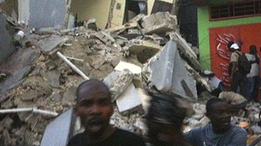 Image of the quake damage in Haiti posted on Twitter by Marvinady.