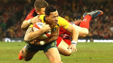 Recrod-breaker: Israel Folau scored his 10th try of the seaon.