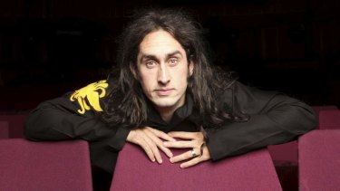 Comedian Ross Noble is bringing his Mindblender to Boondall.