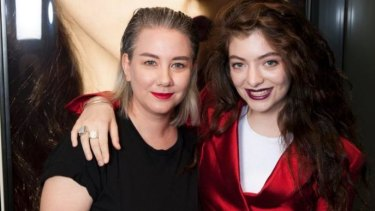 Lorde and her make-up artist Amber D have collaborated with MAC to create a mini make-up line, MAC Lorde.