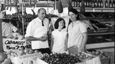 Domenico Gambaro with his daughter, Teresa (aged 10), and wife Rosetta.