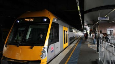 London calling ... the director of fares and ticketing for the English capital says fare structures for public tranport in NSW should be simplified.