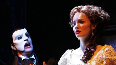 Stars Ben Lewis and Anna O'Byrne didn't let a little curtain hitch ruin the opening night of <i>Love Never Dies</i>.