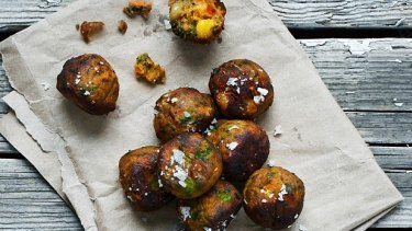 Ikea's new veggie meatballs Ikea recently introduced vegetarian meatballs as part of its efforts to go green
