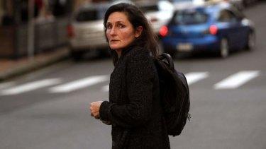 Cross-questioning ... <i>Newcastle Herald</i> journalist Joanne McCarthy leaves court.