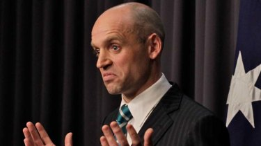 ''No one knew'' ... Mark Arbib says he quit to be with his family and give Julia Gillard ''clean air''.