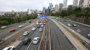 Peak hour traffic pictured around 8am. The Cahill is flowing, the Tunnel is backed up and the Bradfield is nearly empty.