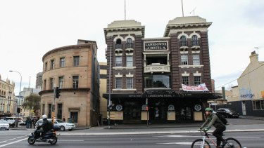 Last Drinks at the Lansdowne Hotel, with a developement applcation lodged, that would see it changed to a performing arts school.