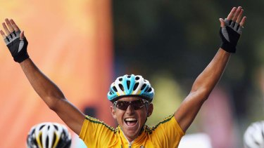 New GreenEDGE recruit, Allan Davis, celebrates winning gold at the Commonwealth Games last year.