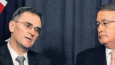 Greg Metcraft (left) and Treasurer Wayne Swan.