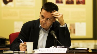 Senator Nick Xenophon: Demanding immediate ban on all politicians, party officials and advisers from election betting.