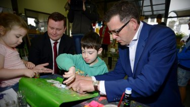 Daniel Andrews campaigning with Labor MP Tim Richardson in 2014