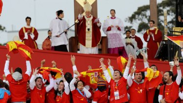 Pilgrims sing their praises of Pope Benedict at the final celebration of World Youth Day at Sydney's Randwick Racecourse.
