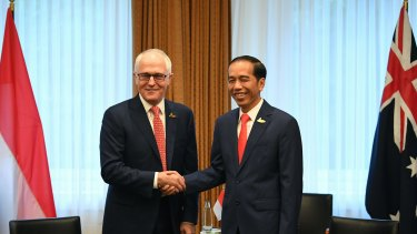 PM Malcolm Turnbull with Indonesian President Joko Widodo.