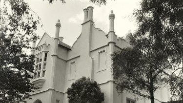 Townhouses are proposed for land surrounding Banyule Homestead.
