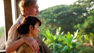 Freedom fighters ... Michelle Yeoh as Aung San Suu Kyi and David Thewlis as Michael Aris in <em>The Lady</em>.