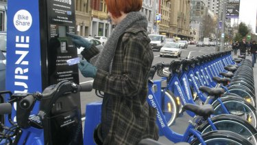 Missing link ... lots of bikes to rent, but what to put on your head?