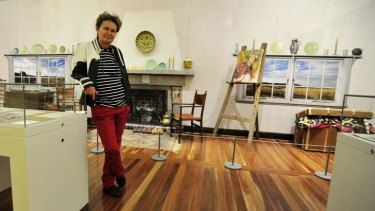 Bronwyn Wright, Grand Daughter of the 20th century artist Hilda Rix Nicholas in a recreation of her studio at the National Portrait Gallery.
