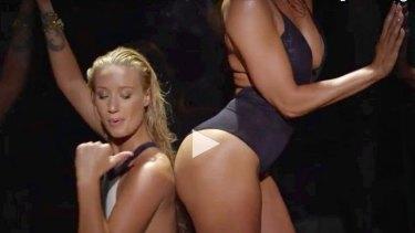 Still from the Booty video clip: Jennifer Lopez feat. Iggy Azalea.