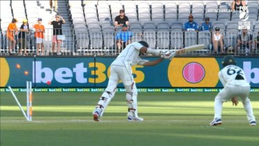 Australians finished the second day in a commanding position as the Kiwis felt the Perth heat.