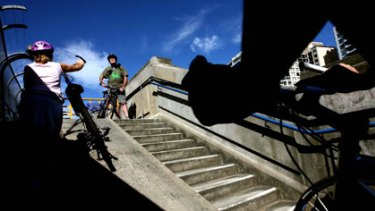 Daily frustration...cyclists negotiate the  ramp on the Harbour Bridge's northern approach.