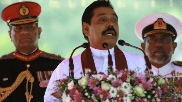 Not bowing to international demands ... Sri Lankan President Mahinda Rajapaksa.