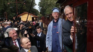 Prime Minister Malcolm Turnbull met steam locomotive driver Lindsay Rickard after he travelled on the Puffing Billy railway to Lakeside near Emerald on Wednesday.