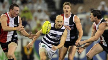 Gary Ablett is surrounded by Saints during Geelong's loss to St KIlda last Friday night.
