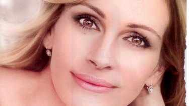 The air-brushed picture of Julia Roberts used in the campaign.