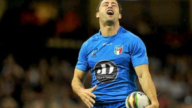 Italy's captain Anthony Minichiello shows his disappointment after a try was dissallowed.