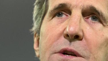 """US Secretary of State John Kerry says there is an """"enormous"""" amount of evidence suggesting the missile that downed MH17 was Russian."""