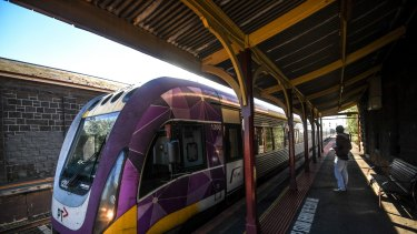 2019 Federal budget has earrmarked the Geelong/Melbourne Vline train line for an upgrade.