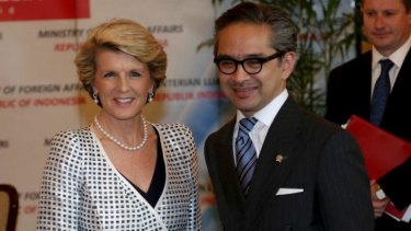 "Indonesian Foreign Minister Marty Natalegawa, pictured with his Australian counterpart Julie Bishop, says ""issues"" remain between the two countries."