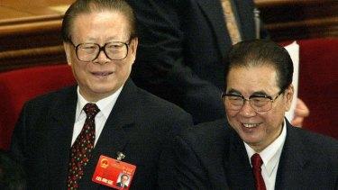 Former Chinese president Jiang Zemin (left) and ex-Prime Minister chairman Li Peng