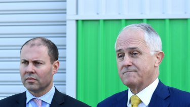 Australian Prime Minister Malcolm Turnbull (right) and Australian Energy Minister Josh Frydenberg have ordered AGL to keep Liddell open or sell it.