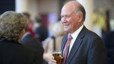 Independent Tony Windsor has come under fire from the Nationals for accusing his rival Barnaby Joyce of courting 'rednecks'.