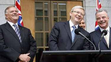 The Prime Minister, Kevin Rudd, with Kim Beazley (left) and Brendan Nelson (right) after announcing they would both be given diplomatic posts