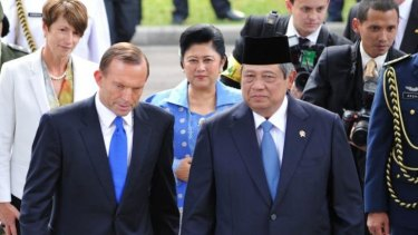 There is speculation that Tony Abbott (front L) cancelled a trip to meet Indonesia's President Susilo Bambang Yudhoyono to prevent embarrassment over the latest asylum boat incident.