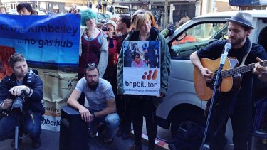 John Butler at the protest outside the BHP-Billiton headquarters.
