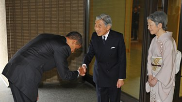 Disgrace? US President Barack Obama bows to Japanese Emerpor Akihito and Empress Michiko.